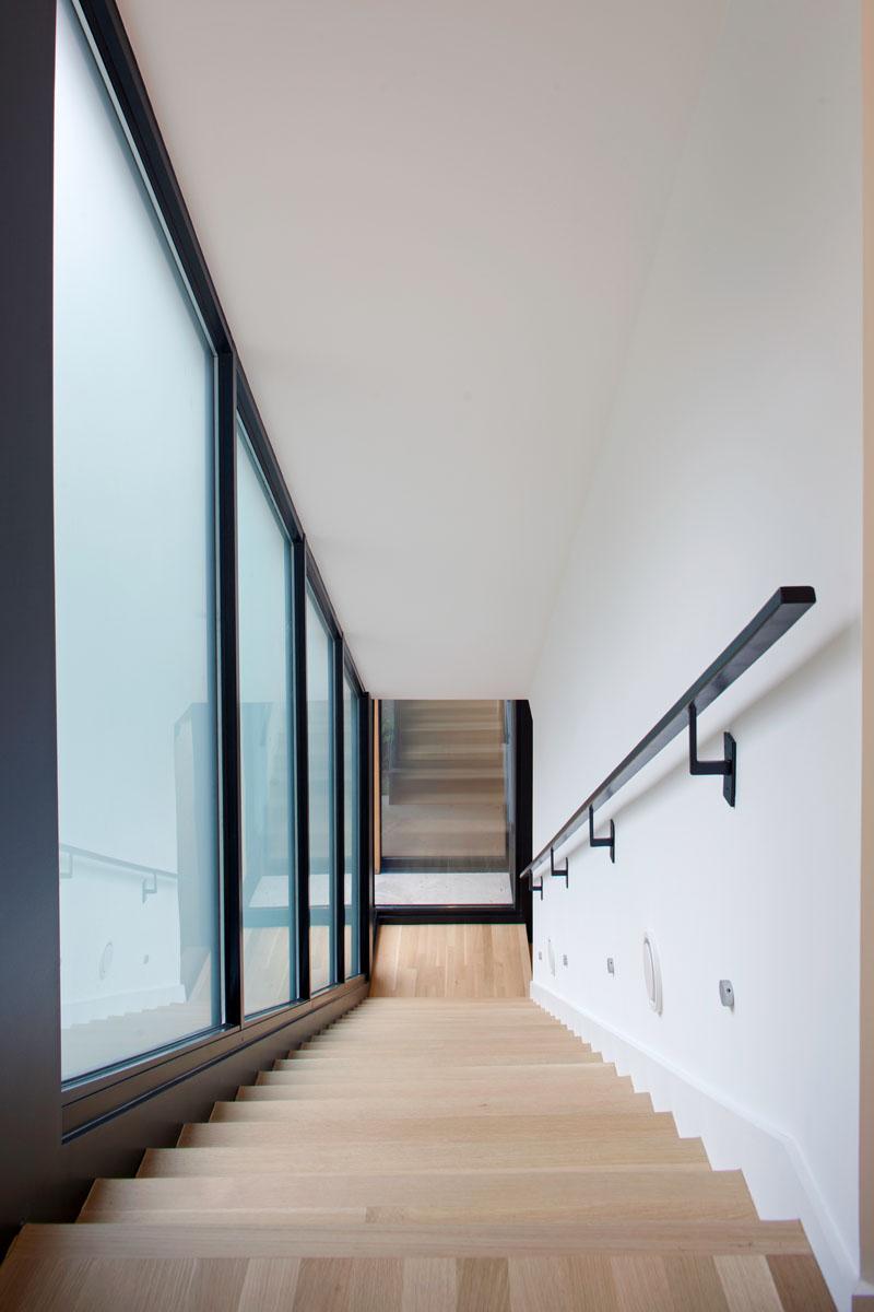 medlin residence stairs