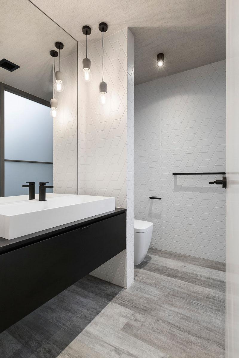 Feldman House bathroom wall