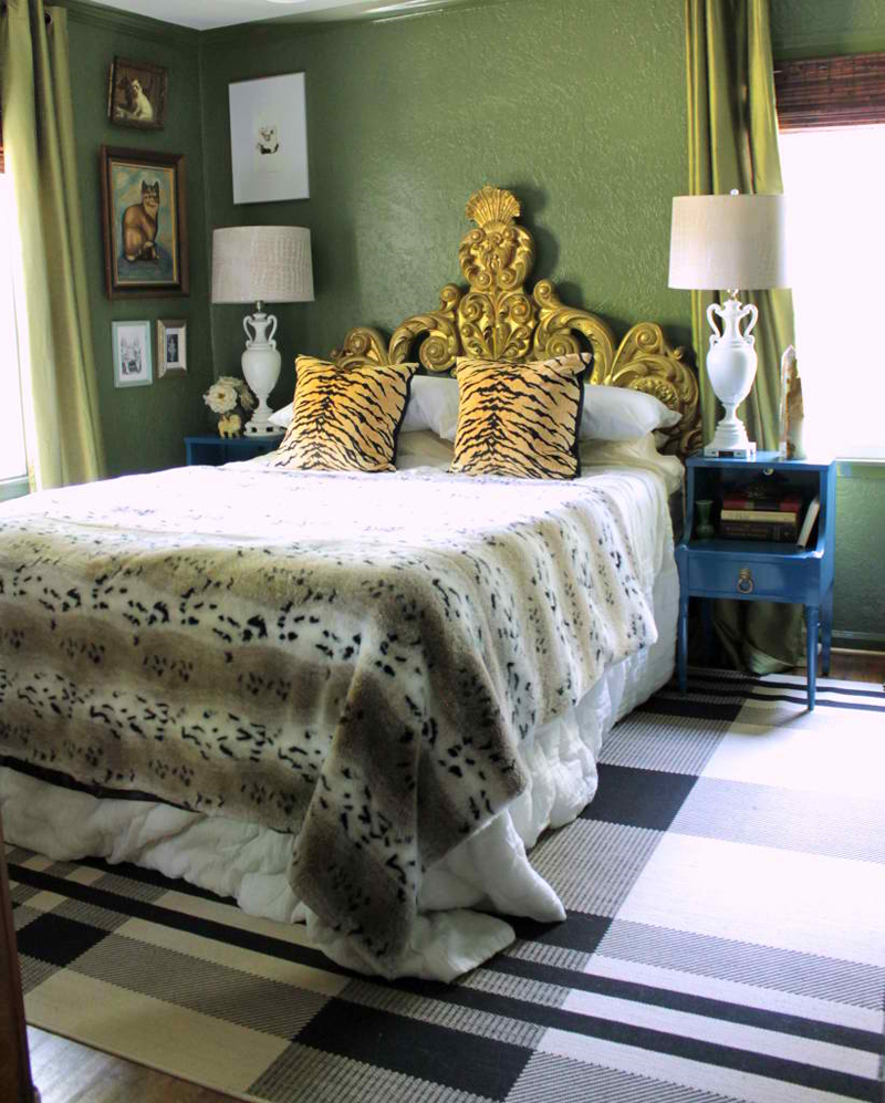 Animal Fur Pillows In 20 Contemporary Bedrooms