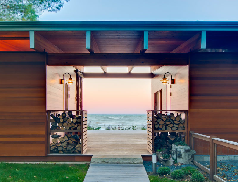 Lake Michigan Beach Cottage entrance