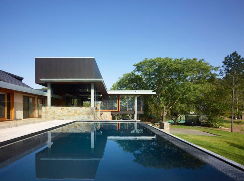 Deerhurst House swimming pool