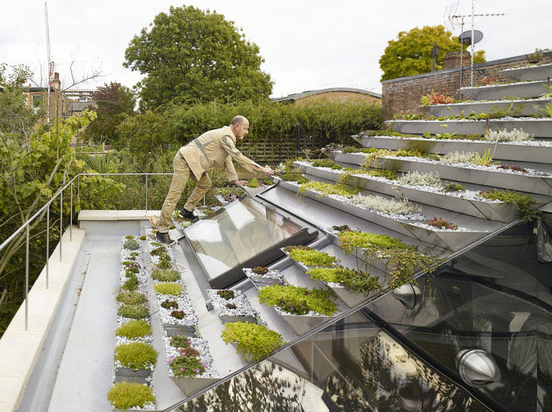 Terraced roof garden stainless steel
