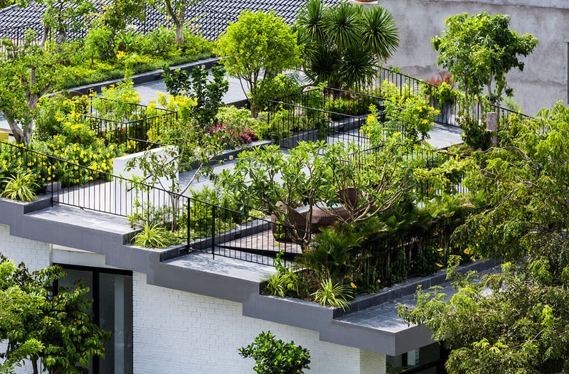 Hoan House garden