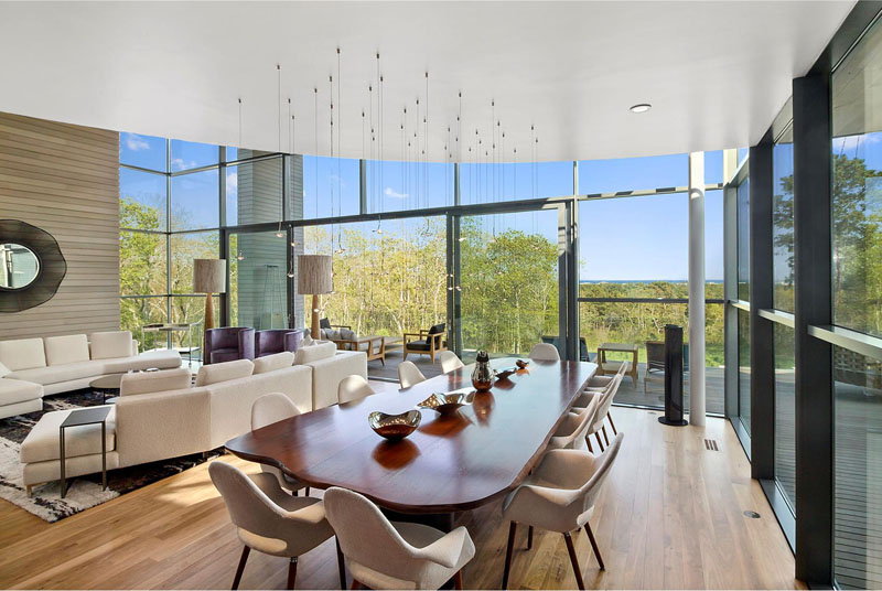 Hamptons Residence dining table