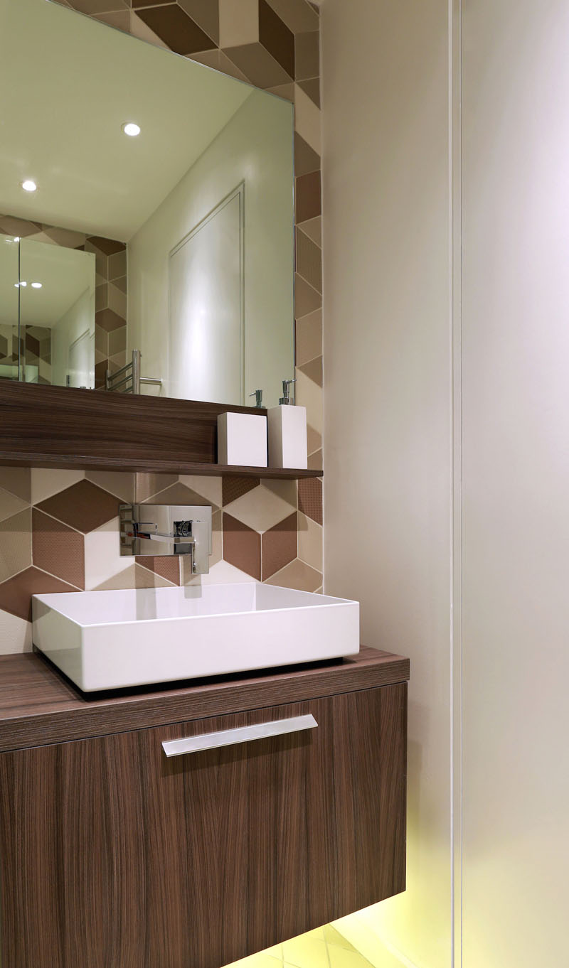 Contemporary Home shower room