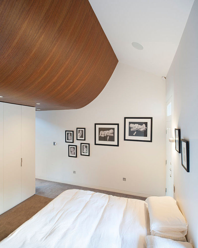 Terrace House master bedroom