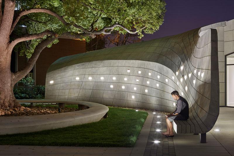 Impressive Concrete Wall Seating In Duarte California