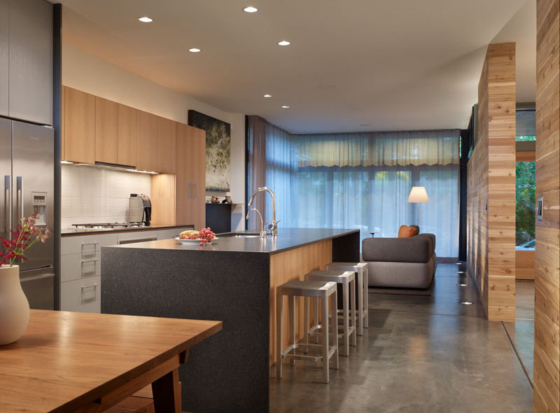 Modern Wall House Kitchen