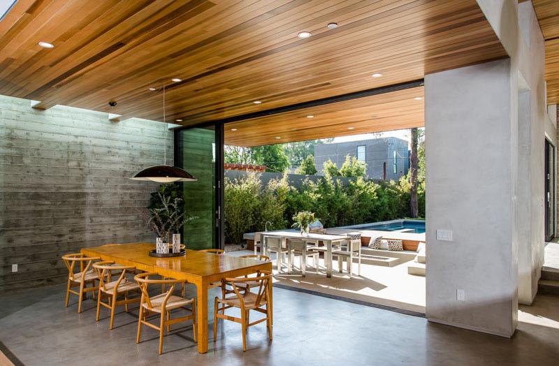 Modern Palms Residence