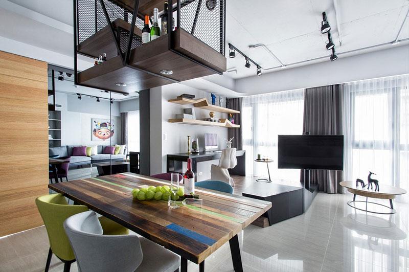 Tones Harmonizes living room
