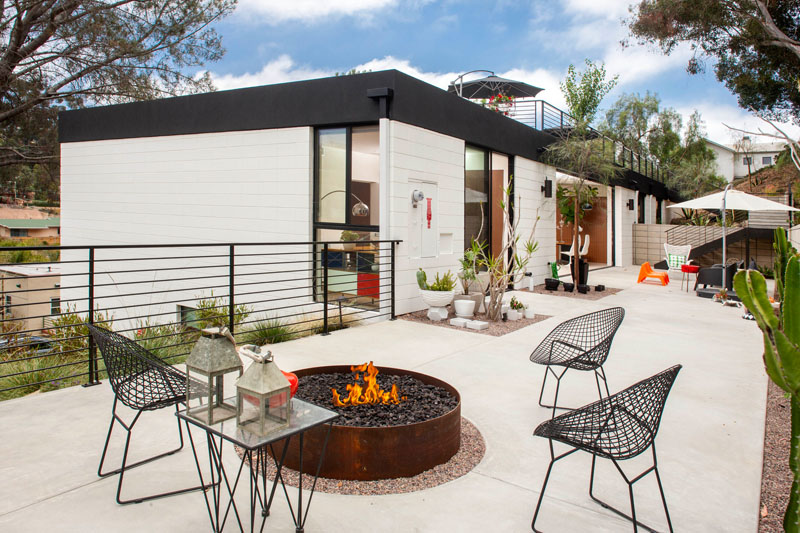 Lahaye Residence A Lovely Elevated Contemporary Home With