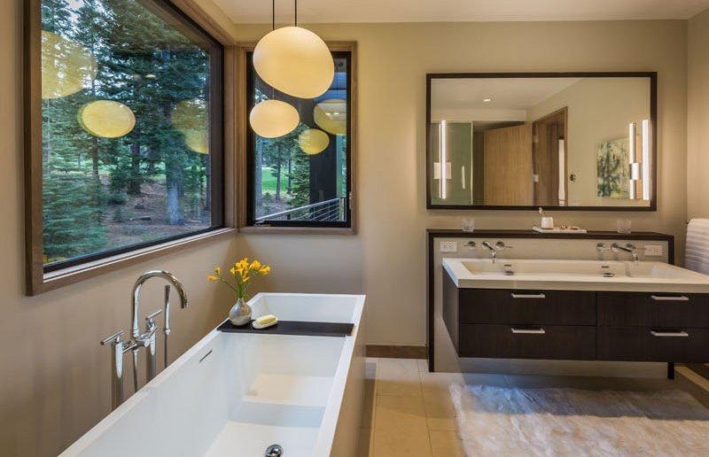 Sage Modern bath tub