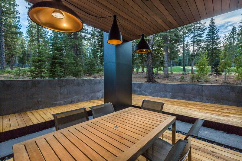 Sage Modern outdoor dining
