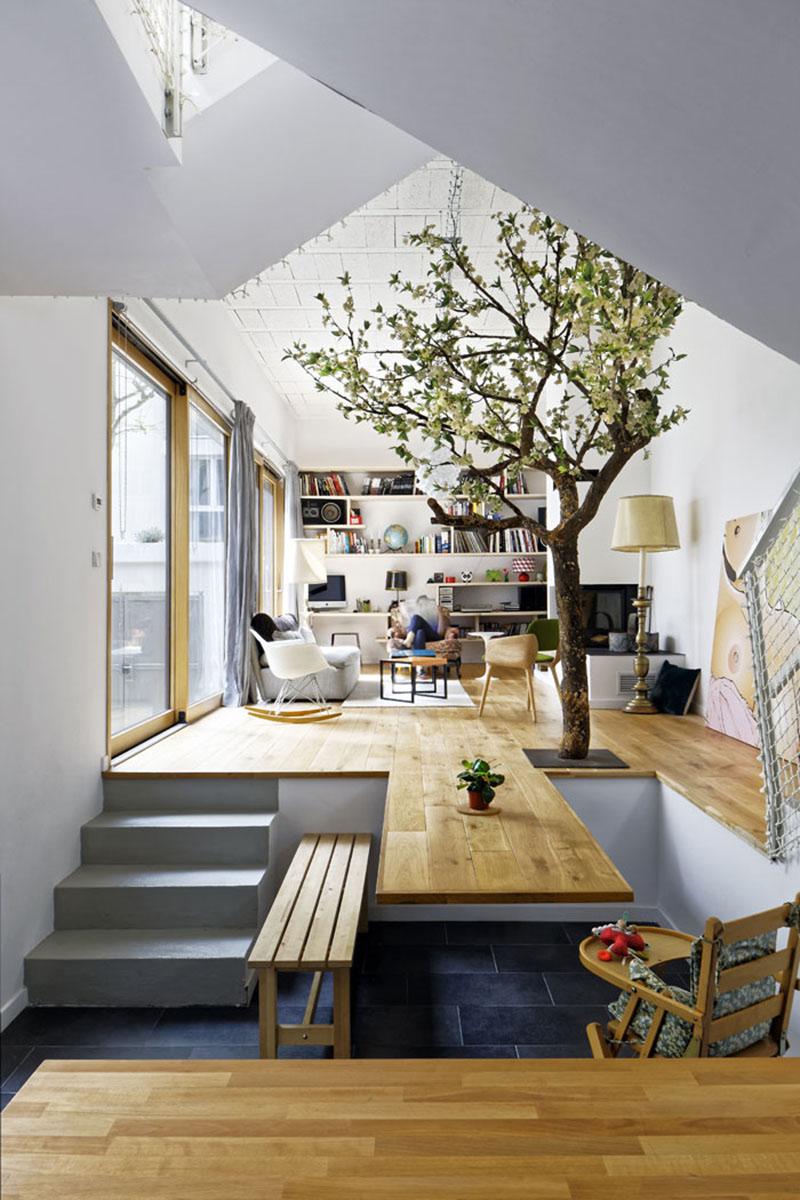 Maison DDD floor table