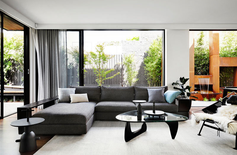 The Modern Contemporary Black and White Interiors of Toorak House ...