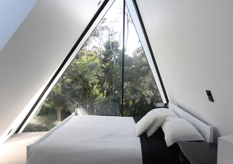 Tent House white bedding