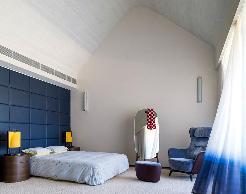 The New Twin Peaks bedroom