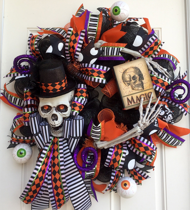 Halloween Skeleton Deco Mesh Wreath