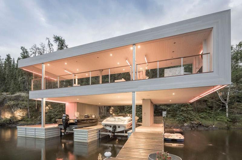 https://homedesignlover.com/wp-content/uploads/2017/09/4-light-boathouse.jpg