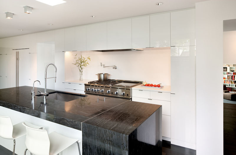 Bell Henry Residence kitchen