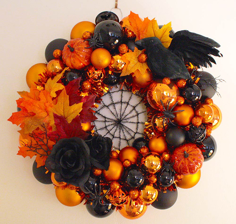 20 awesome diy halloween wreaths designs home design lover - Awesome christmas wreath with homemade style ...