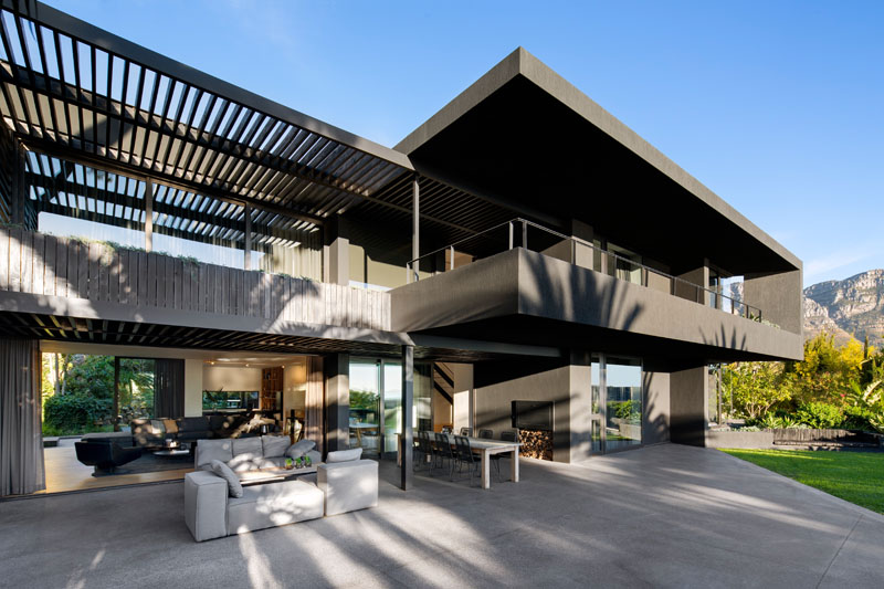 Dark Colors Are Used In This Modern Home In South Africa Home Design Lover