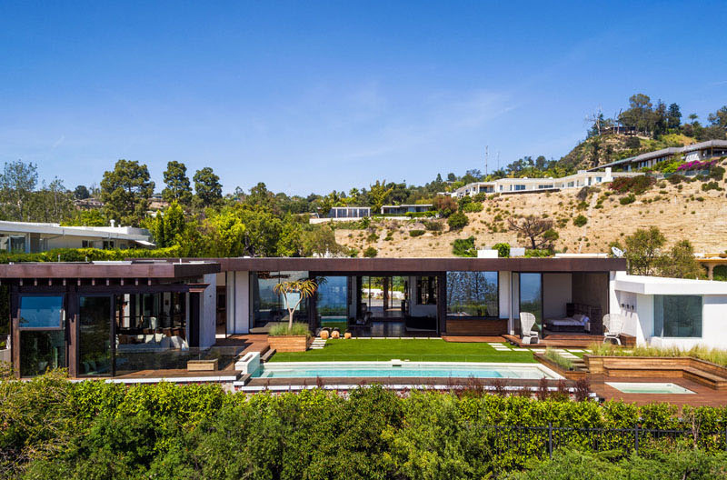 Trousdale Residence architecture