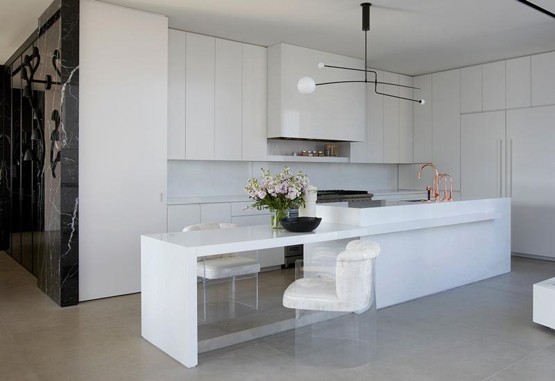Golden Coast Penthouse kitchen