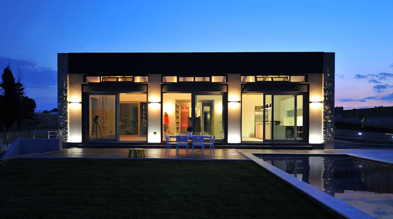 Thiva House
