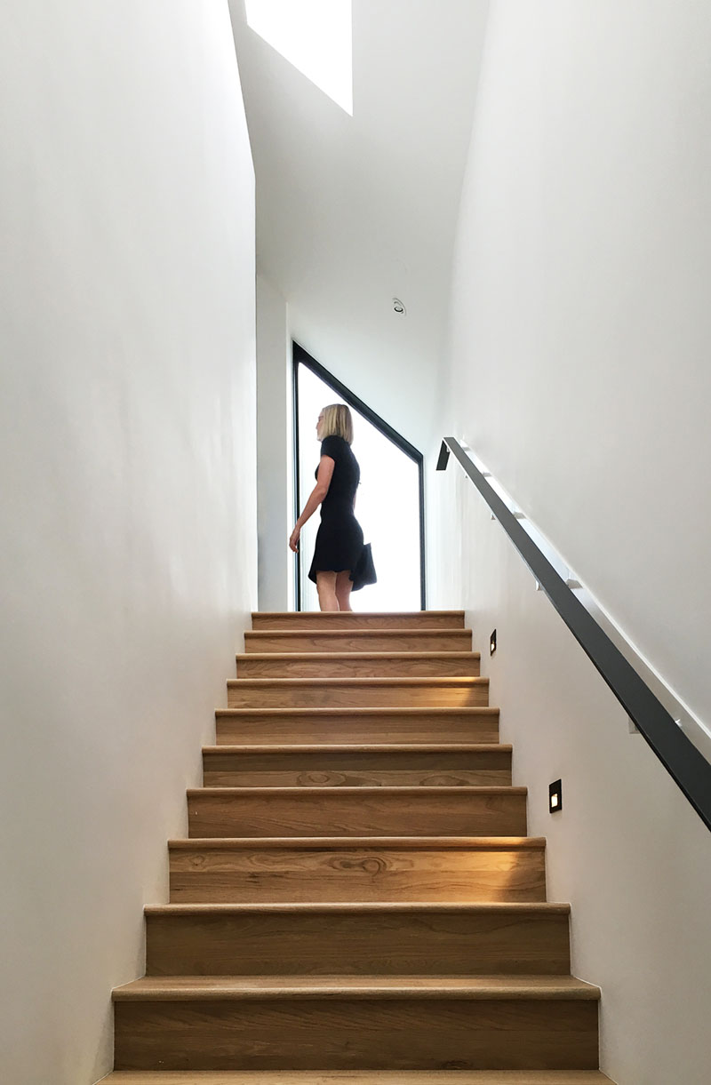 Autohaus stairs