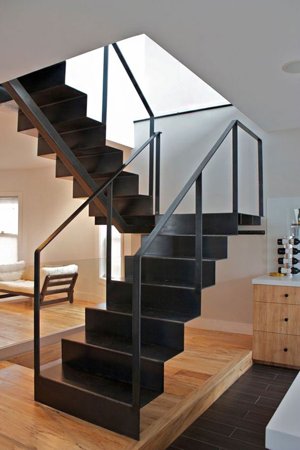 Plate steel staircase